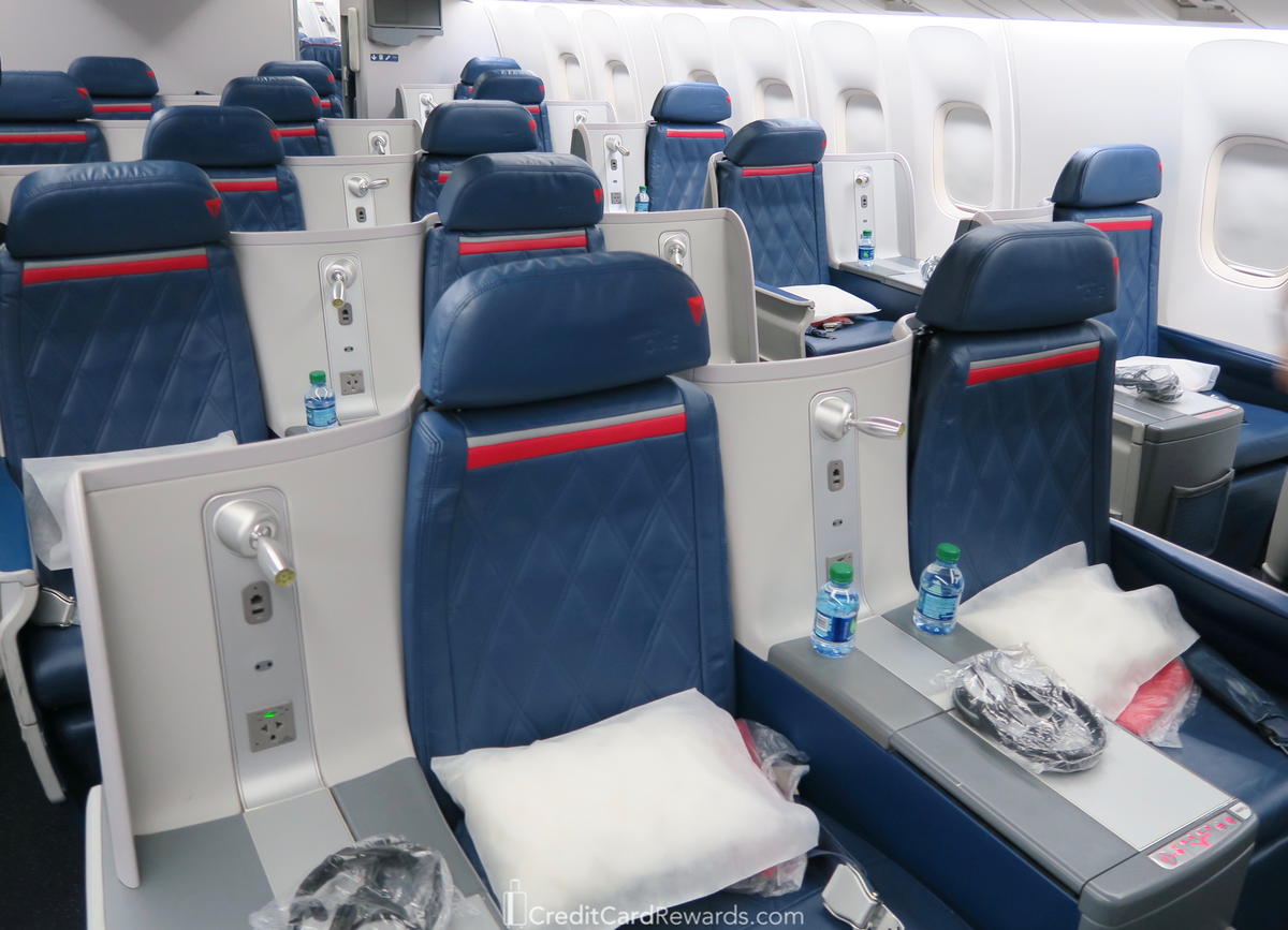 Review Delta One Business Class 767 300 Sea To Atl